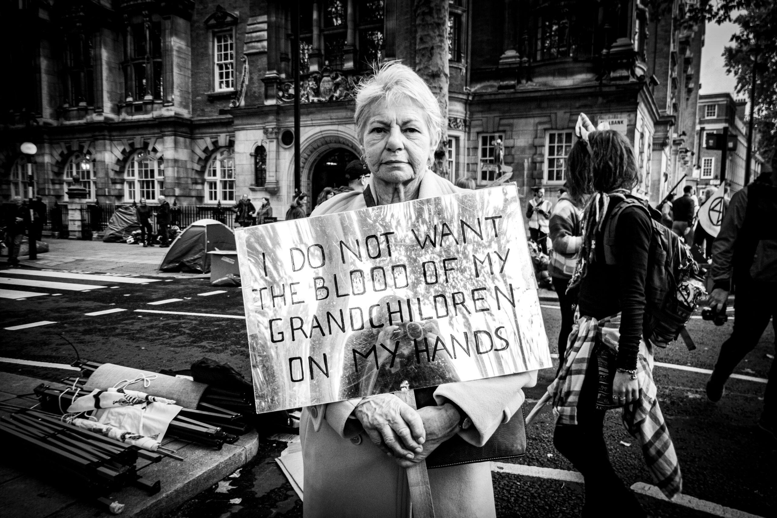 Gran Mother against the climate change, Extincion Rebellion