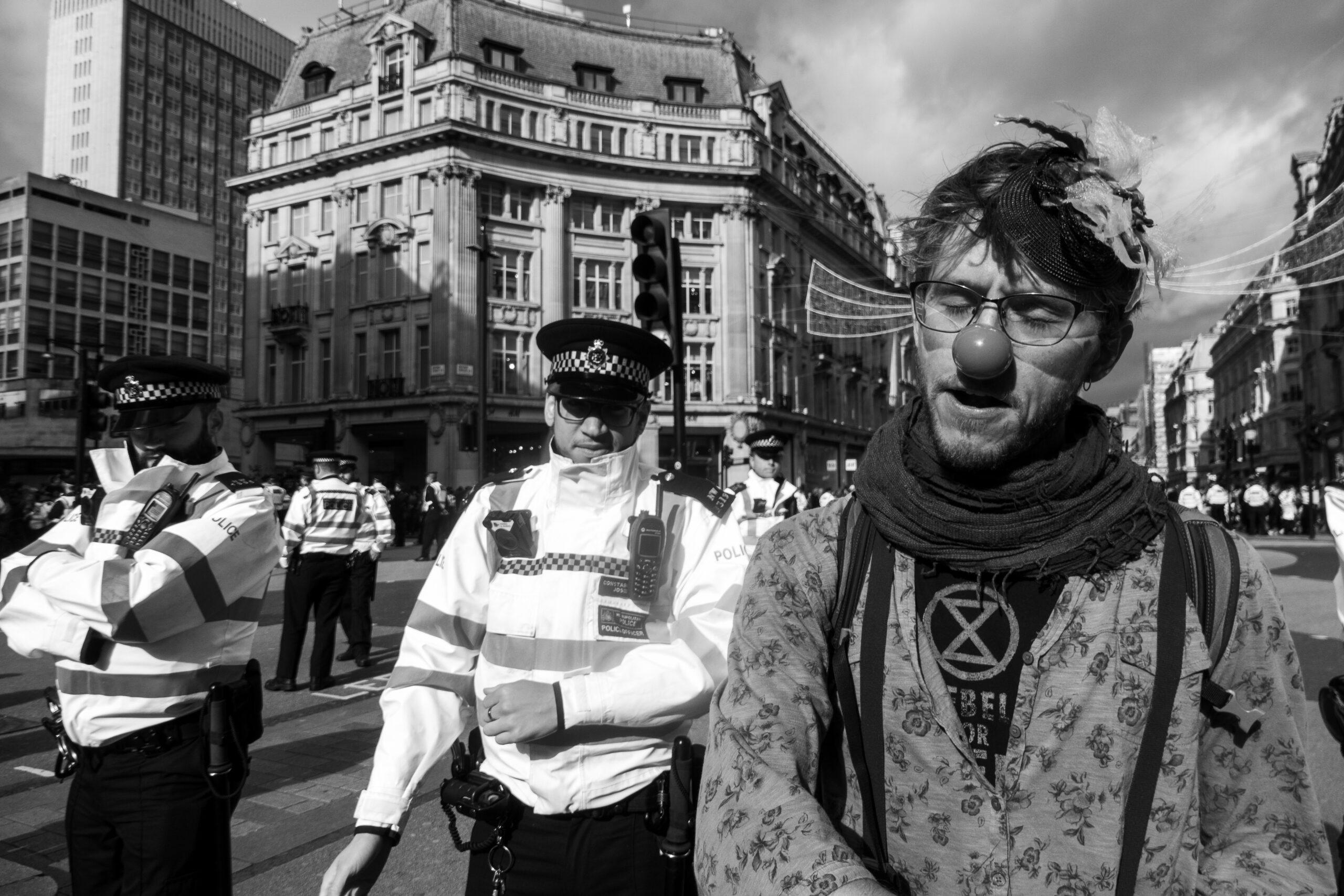 Police vs Rebels Extinction Rebellion